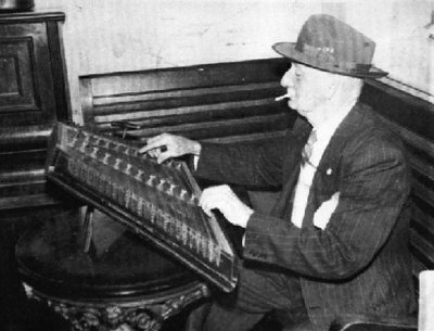 Billy Cooper with dulcimer