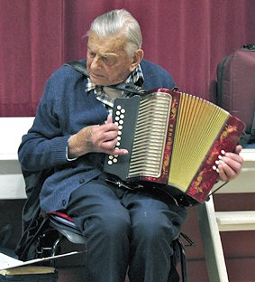 Stan Seaman playing on his 93rd Birthday